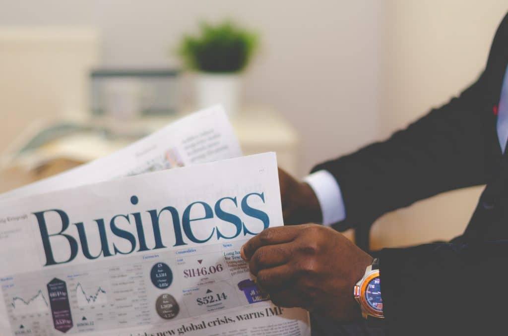 en que se diferencia un emprendedor de un empresario